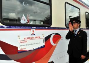 Der TRT-Kulturzug auf seiner Erinnerungsreise von Istanbul nach München. (Foto: obs / TRT)